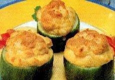Zapallitos rellenos de jamón y queso