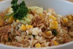 Ensalada con atún y arroz