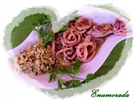 Calamares en salsaverde con guarnición salvaje