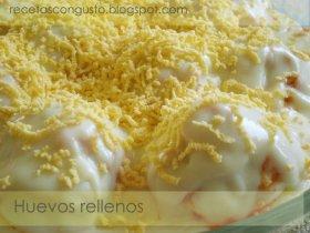 Huevos rellenos con bechamel