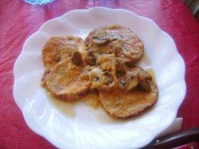 Roti de pollo en salsa