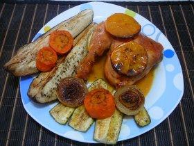 Pollo a la naranja con verduras grilladas