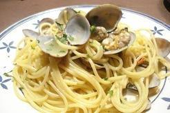 Espaguetis con almejas, versión clásica