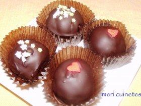 Bizcobolas con chocolate negro