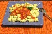 Ñoquis de ricota con salsa pumarola