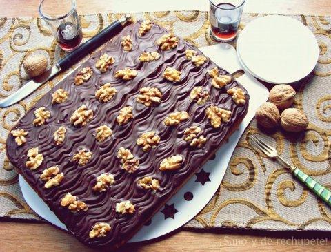 Recetas caseras : Pastel de calabaza y naranja cubierto de chocolate y nueces