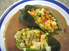 Recetas caseras : Chiles poblanos rellenos de verduras